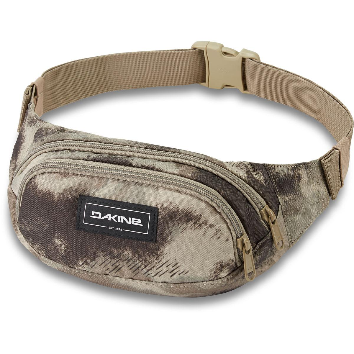 Dakine Hip Pack in Ashcroft Camo