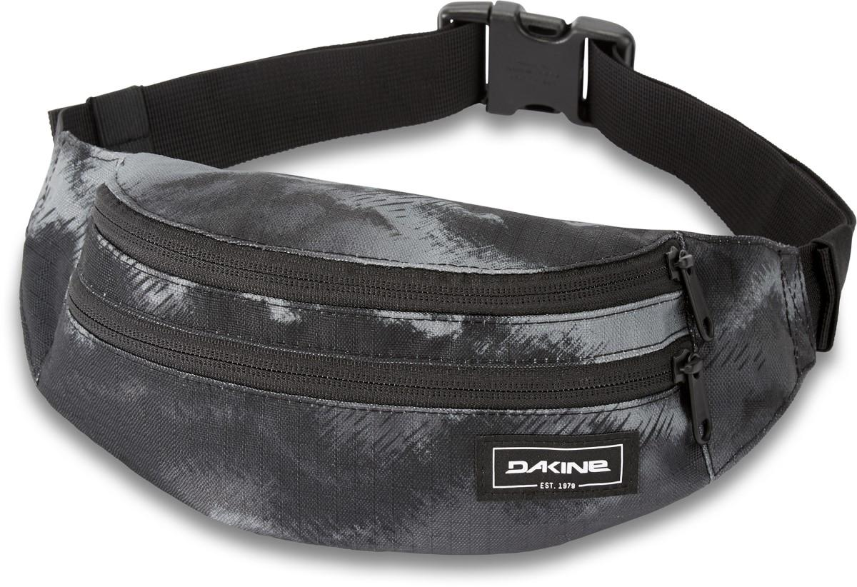 Dakine Classic Hip Pack in Dark Ashcroft Camo